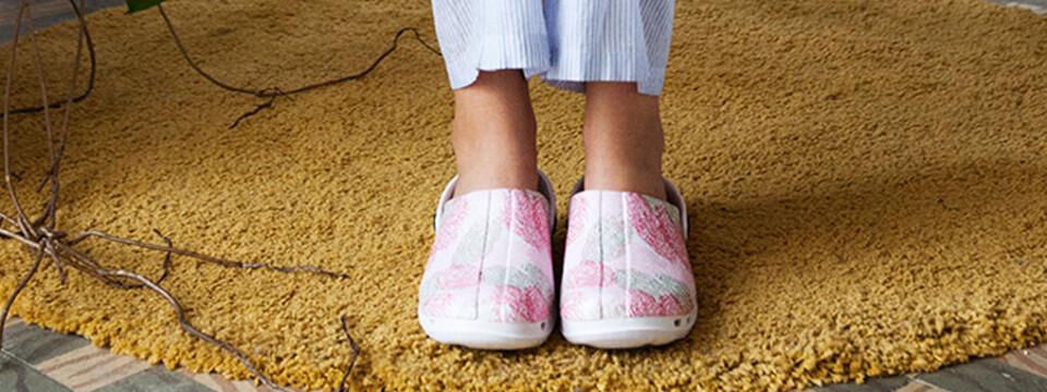 zuecos antibacterianos para estar en casa: niños y adultos cómodos y seguros